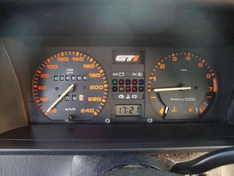 10576 - Gol GTi 1994