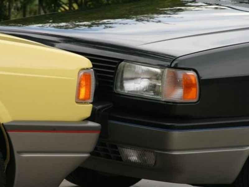 10591 - Gol GTi 1993 e 1992