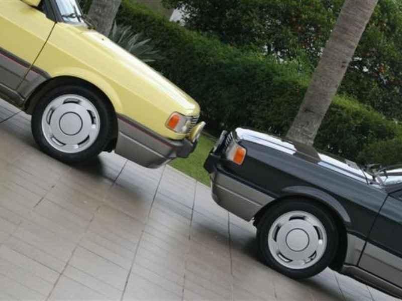 10593 - Gol GTi 1993 e 1992