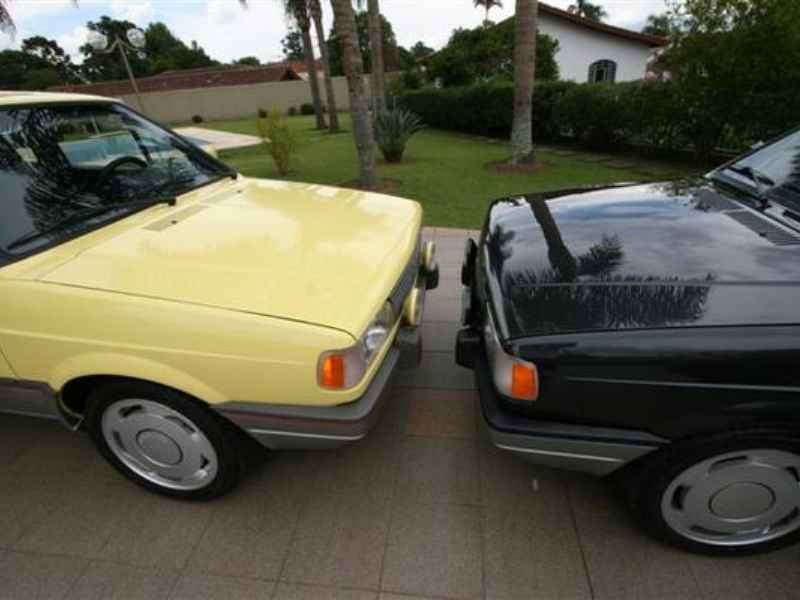 10595 - Gol GTi 1993 e 1992