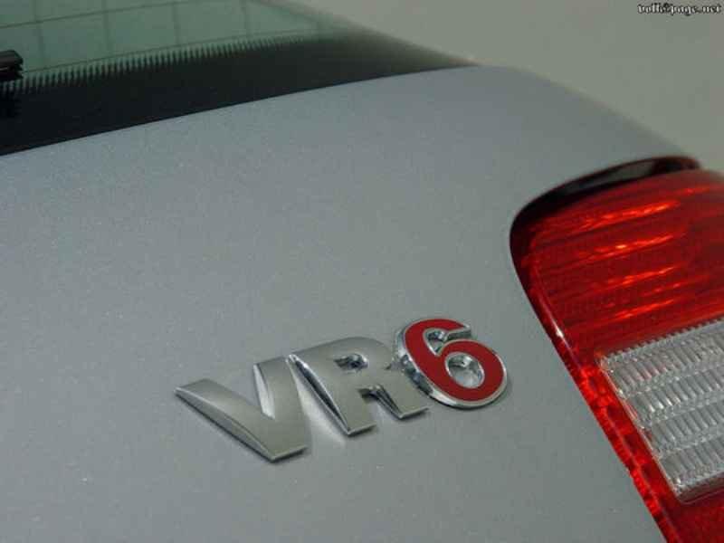 10634 - Golf GTi VR6 2003  1.200km
