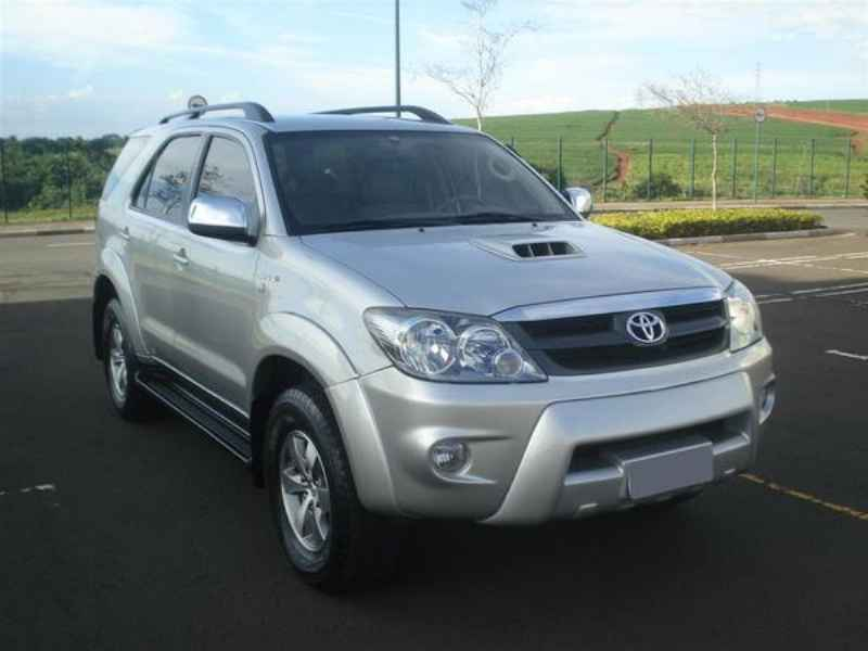 10792 - Hilux SW4 2006