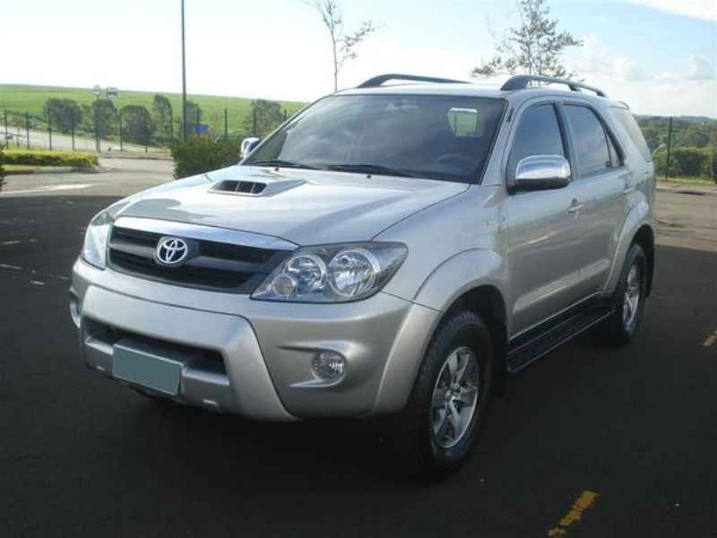10793 - Hilux SW4 2006