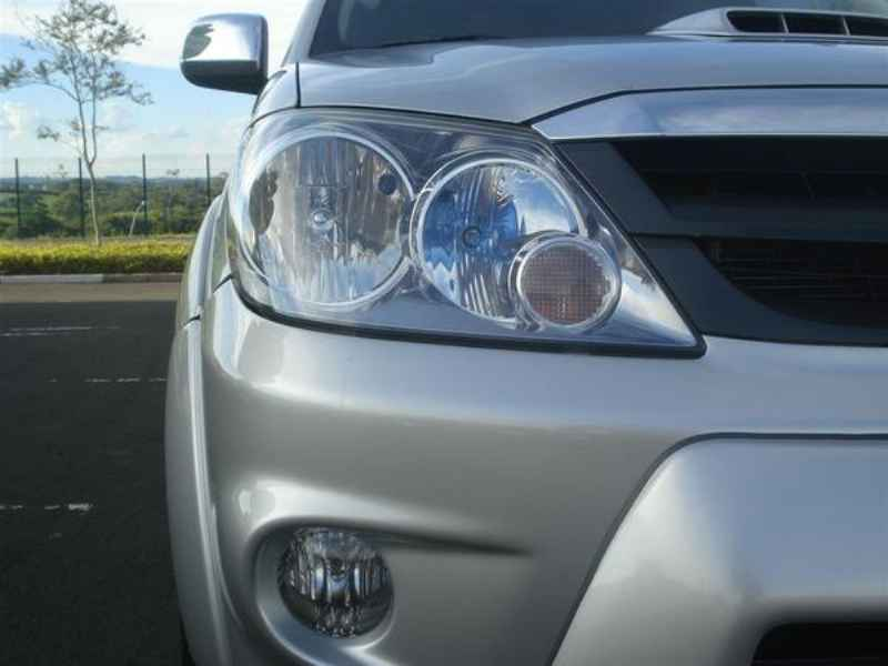 10797 - Hilux SW4 2006