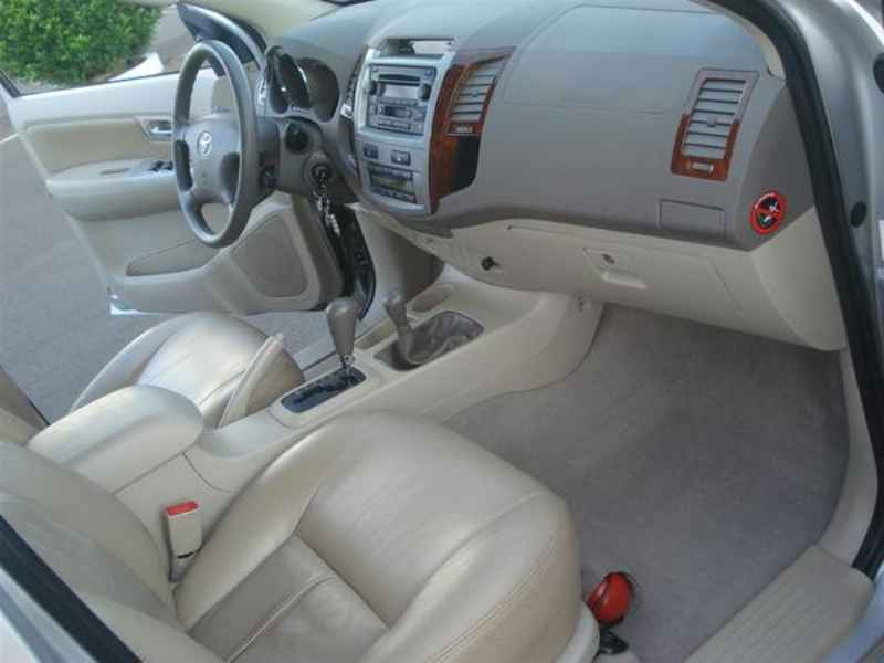 10807 - Hilux SW4 2006