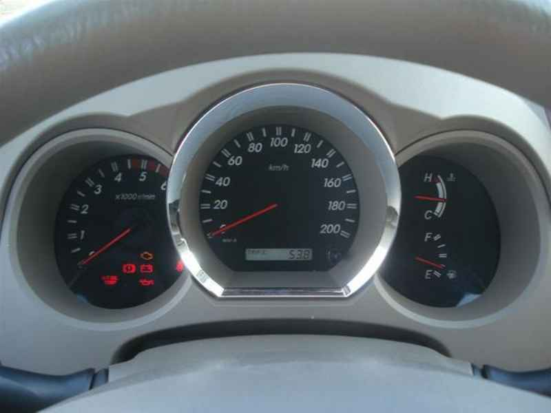 10820 - Hilux SW4 2006