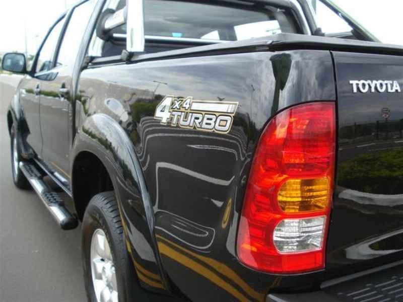 10834 - Hilux SRV 4x4 2006 Blindado