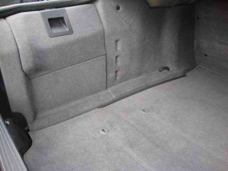 10879 - BMW 750i V12 1995