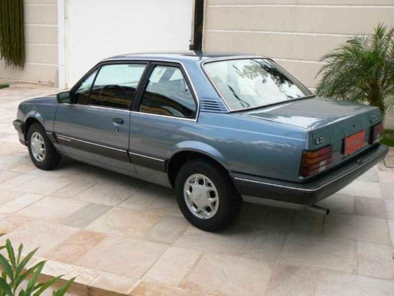 11040 - Monza SL/E 1989  9.000km