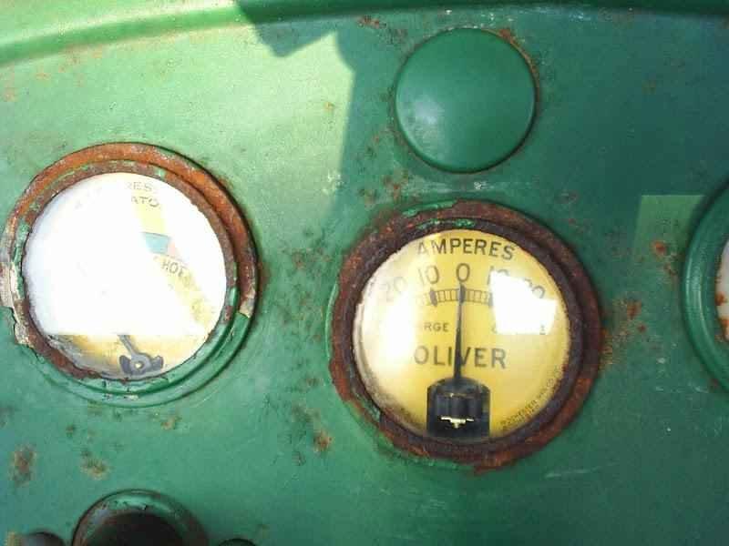 1137 - Trator Oliver 1957 Sem Uso