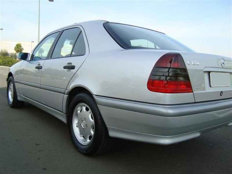 11462 - MB C-180 Classic 1998