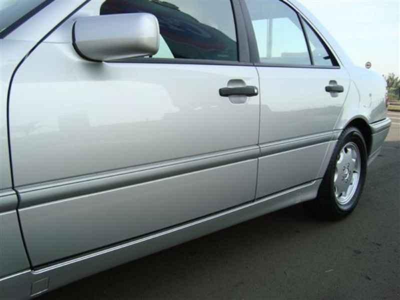 11465 - MB C-180 Classic 1998