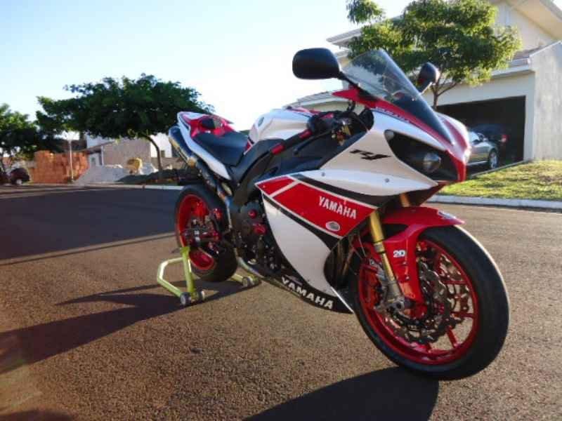 11665 - R1 GP 2013