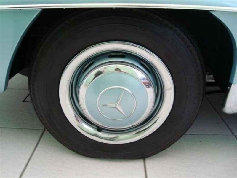 1169 1 - Garagem Mercedes SL