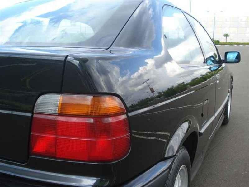 11765 - BMW 318i 1995