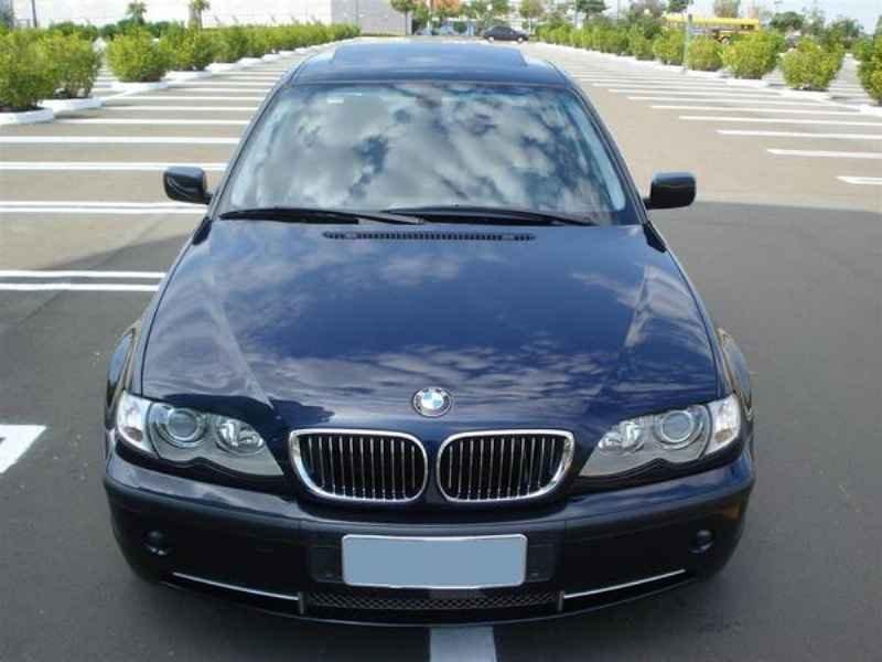 11805 - BMW 330i 2002