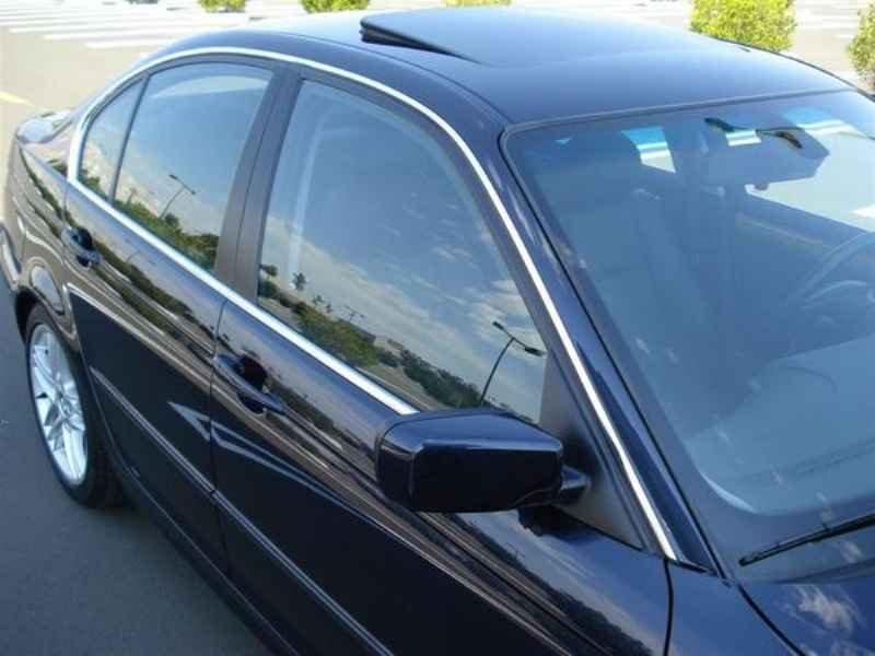 11812 - BMW 330i 2002