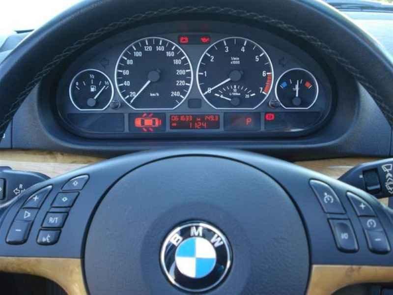11819 - BMW 330i 2002