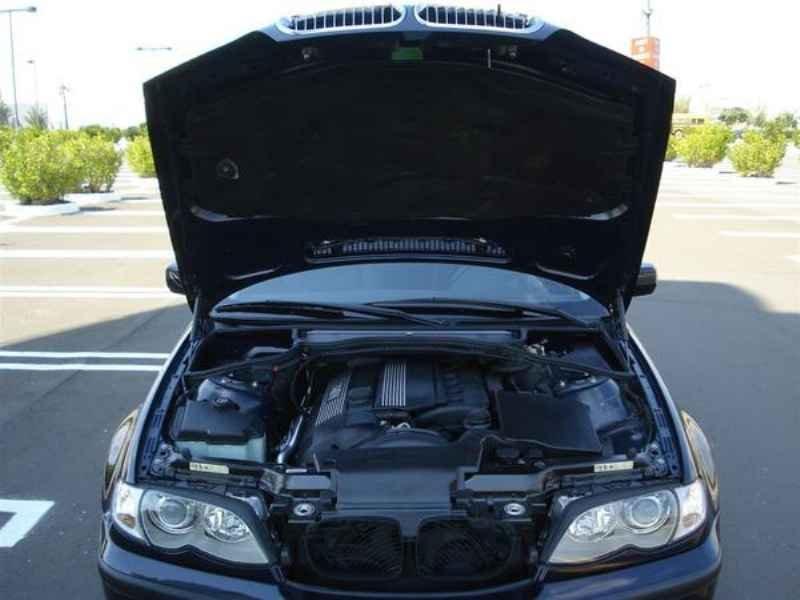 11826 1 - BMW 325ia 2002