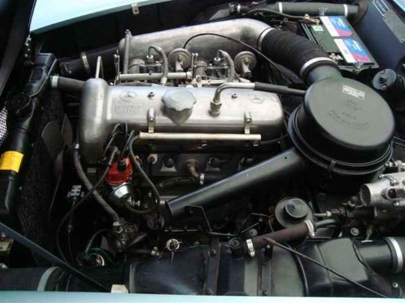1183 1 - Garagem Mercedes SL