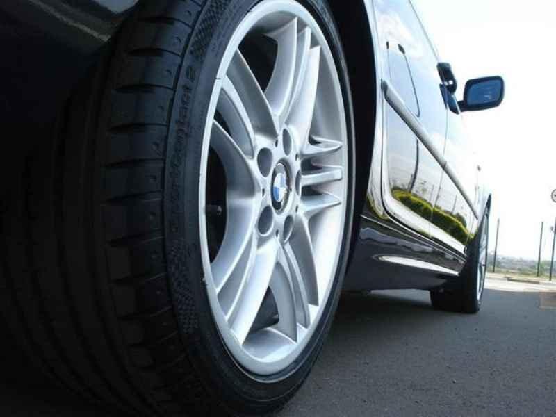 11830 - BMW 330i 2002