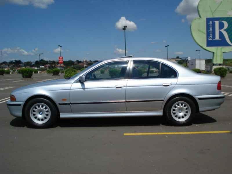 11845 - BMW 528i 1996