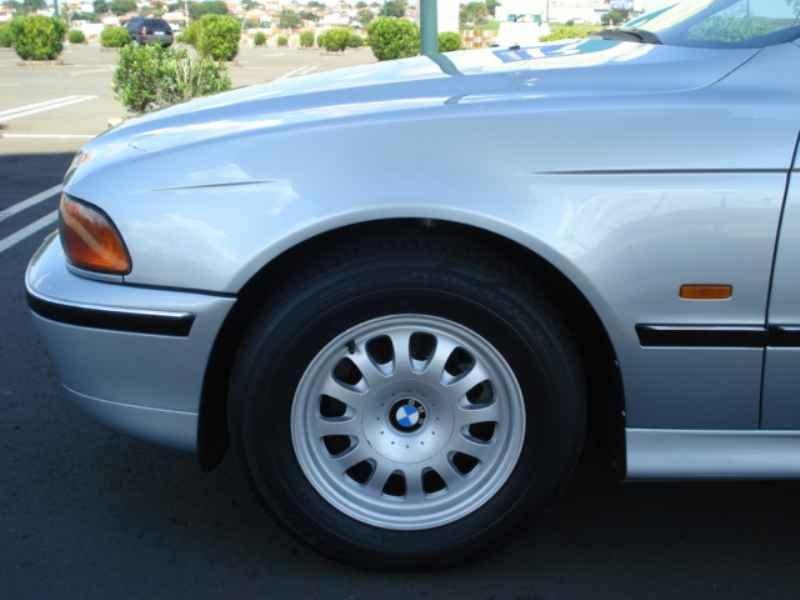 11847 - BMW 528i 1996