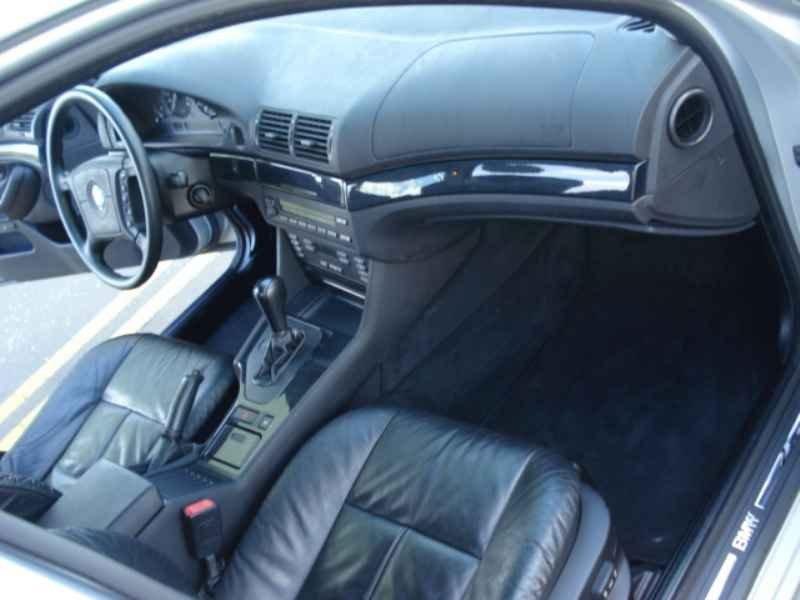 11856 - BMW 528i 1996