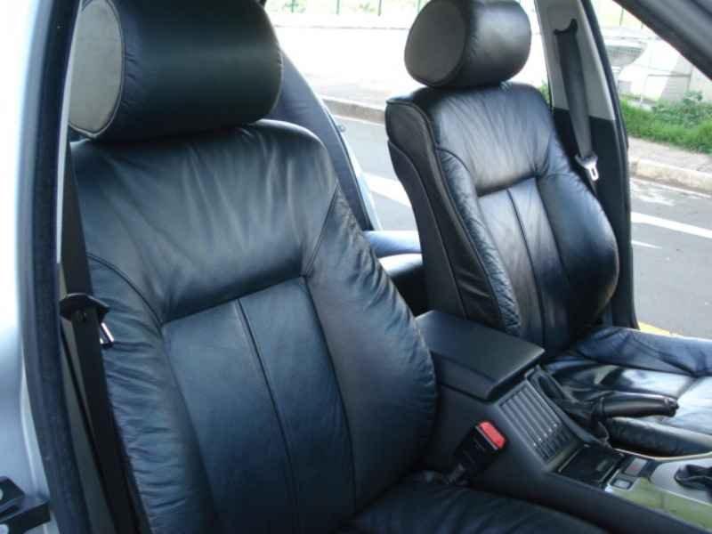 11857 - BMW 528i 1996