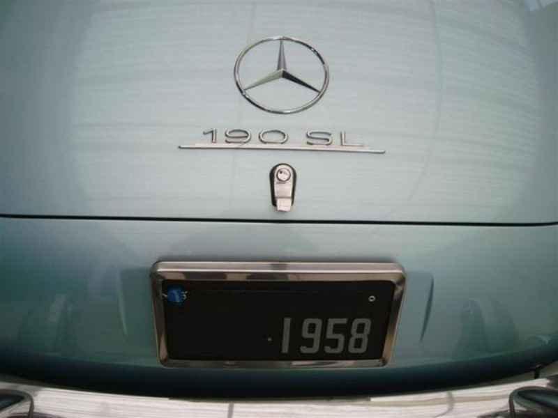 1186 1 - Garagem Mercedes SL