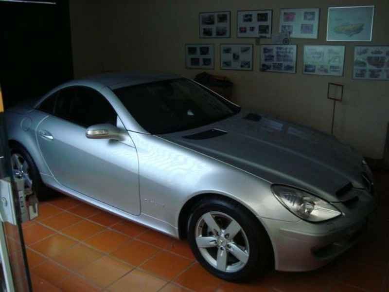 1202 1 - Garagem Mercedes SL