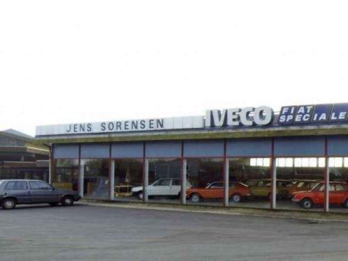 1254 500x375 - Concessionaria Fiat Abandonada
