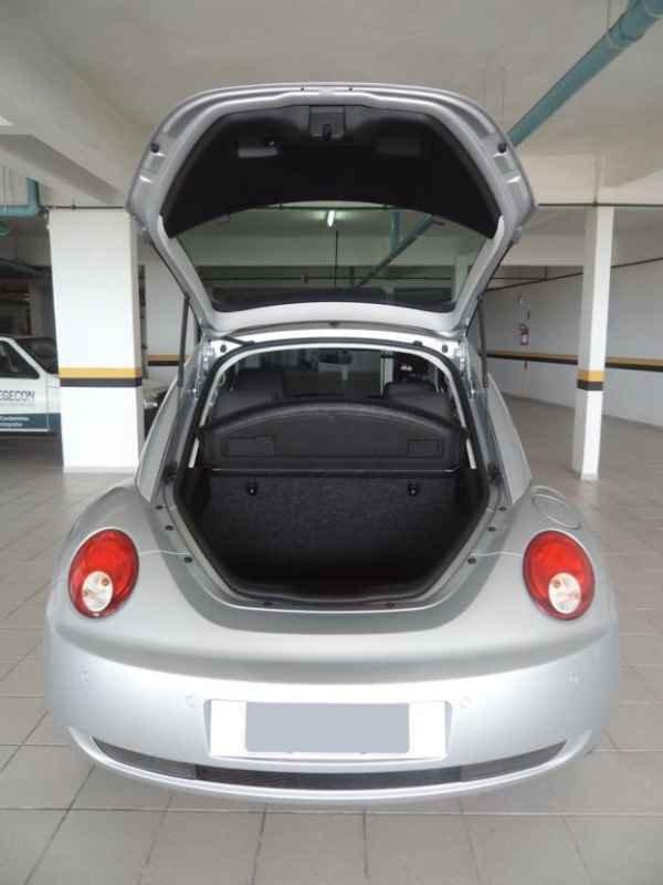12806 - New Beetle 2010