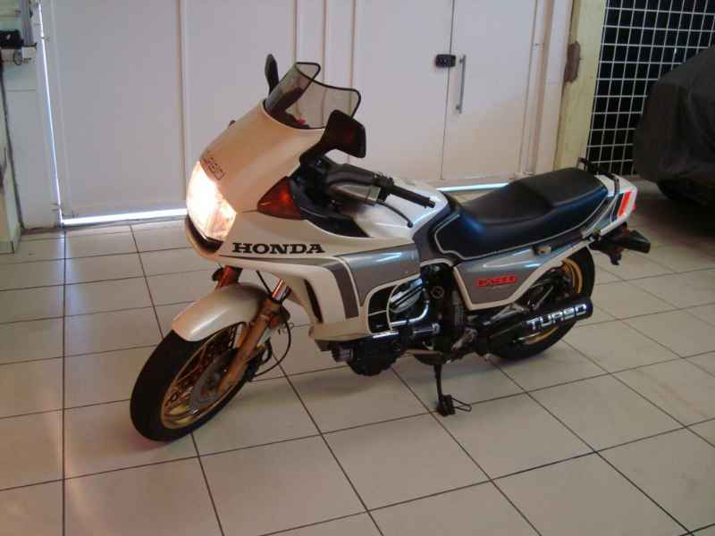12986 - CX500 TURBO 1982