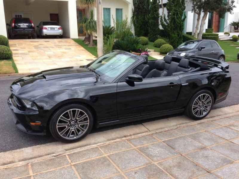 13225 - Mustang GT California Special 2012