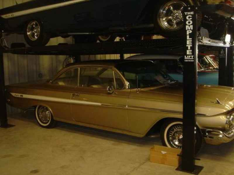 1353 1 - Garagem GM