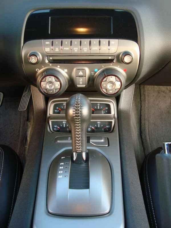 13701 - Camaro SS V8 406cv 2011