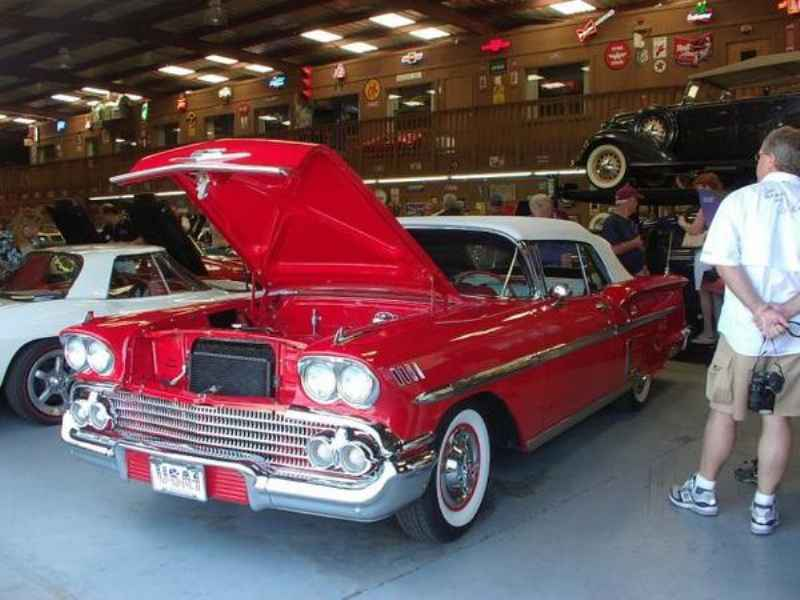 1371 1 - Garagem GM