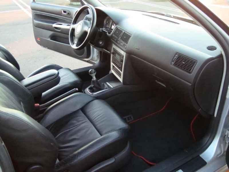 13822 - Golf GTI VR6 2003