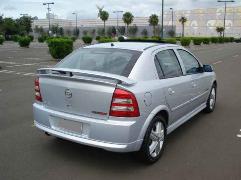 13889 - Astra GSi 2005