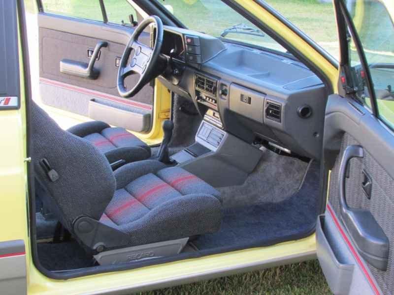 15204 - Gol GTi 1993