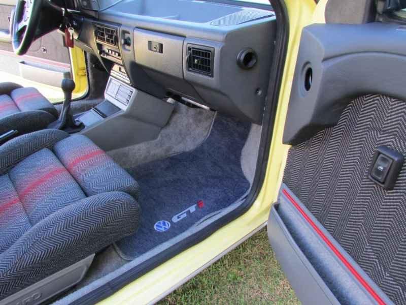 15205 - Gol GTi 1993
