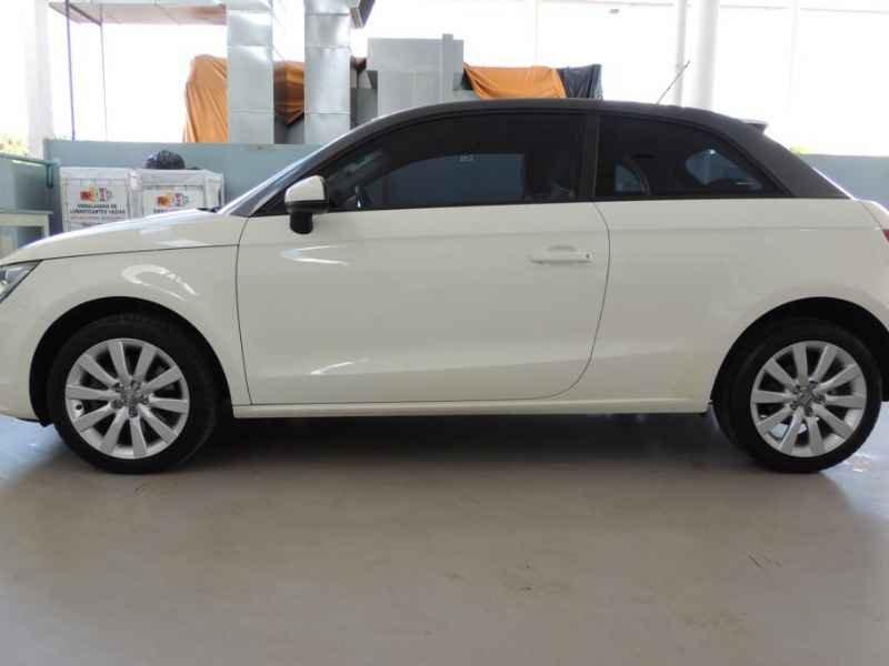15492 - Audi A1 2011 9.900km
