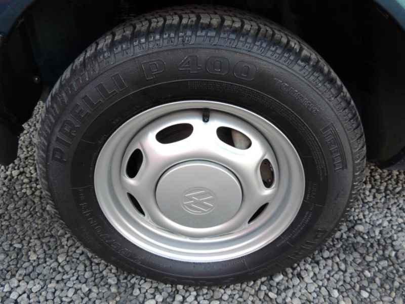 15671 - Saveiro CL 1995  8.000km