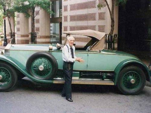 1607 500x375 - 82 anos com mesmo carro!