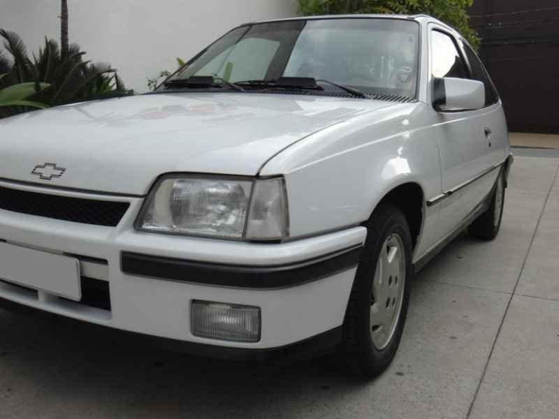 16113 - Kadett GSI 2.0 1994