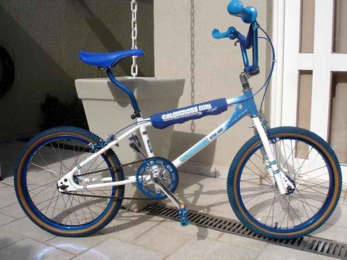 1627 700x525 - Caloi Extra Light 1983 Azul