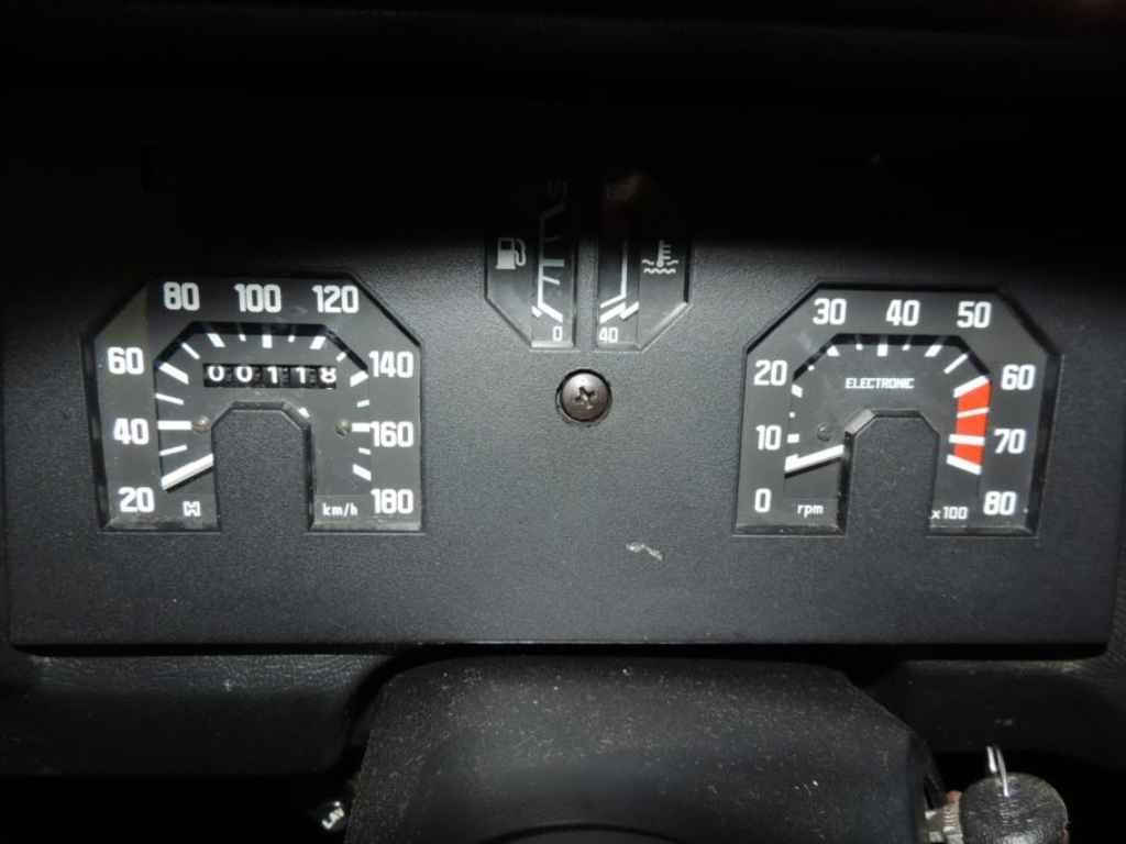 16964 - FIAT 147 GLS 0km (00118km)