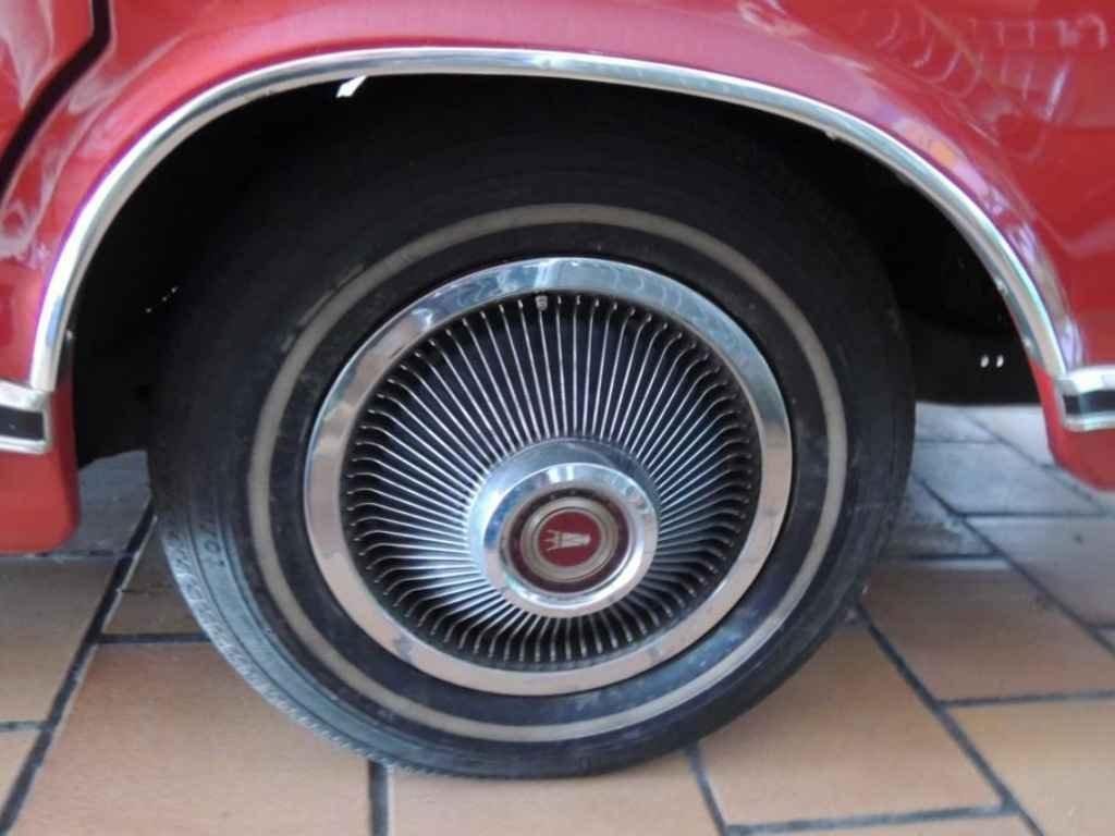 17455 - Ford LTD 49.000km Originais