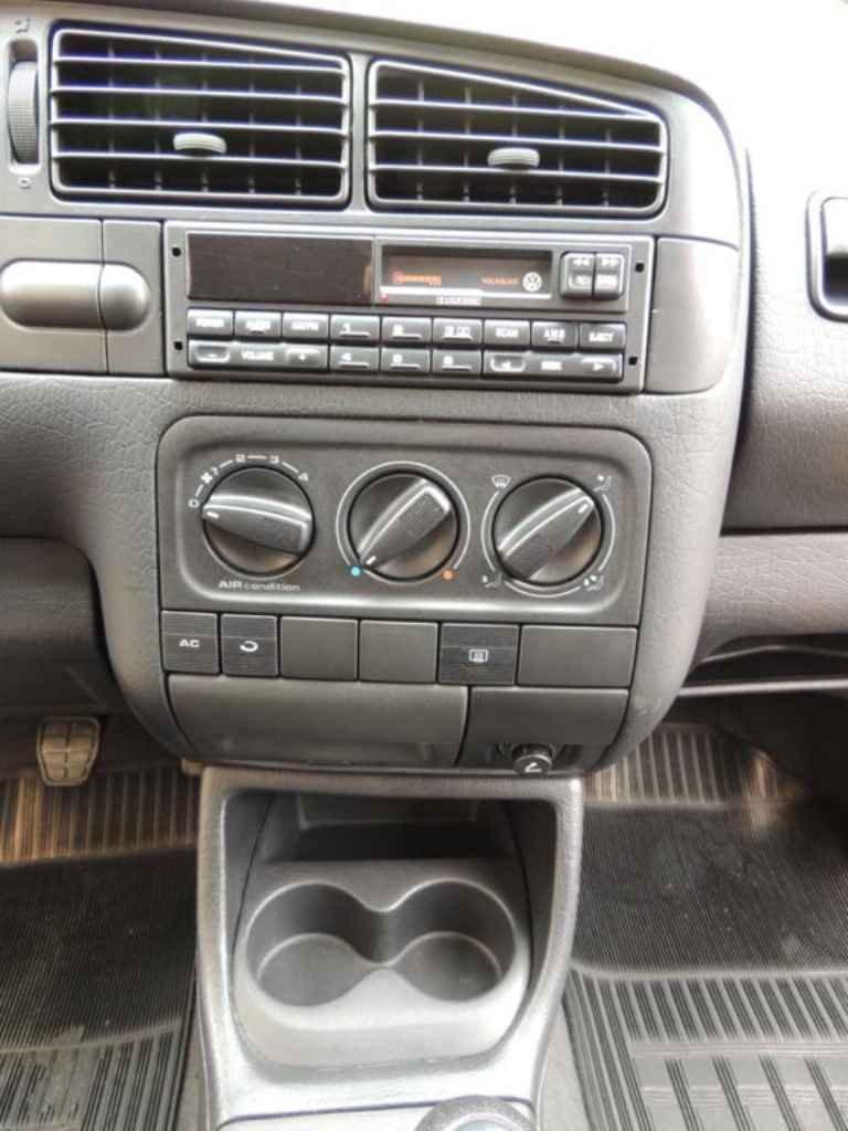 17781 - Golf GTI 1995 - 30.000km